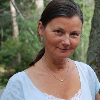 """Maria Vikman, """"Temple mama"""", svarar på frågor om sin kvinnocirkel"""