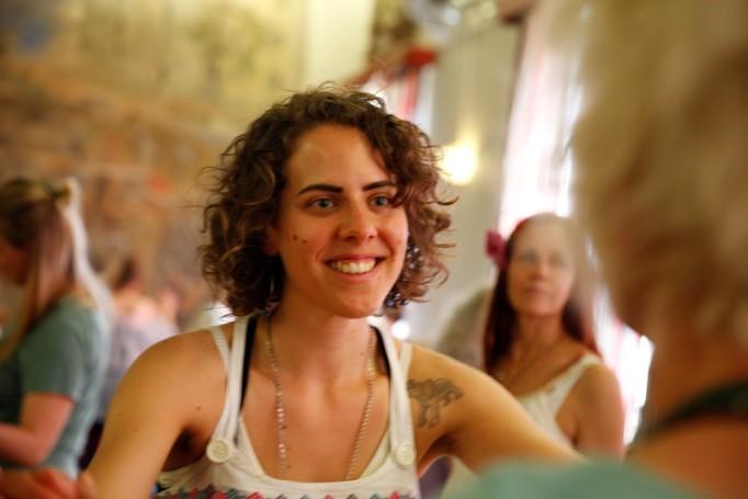 Sisterhood 2.0 – var med och uppgradera, och upplev, systerskapet kvinnor emellan!          Foto: www.bibbiefriman.com